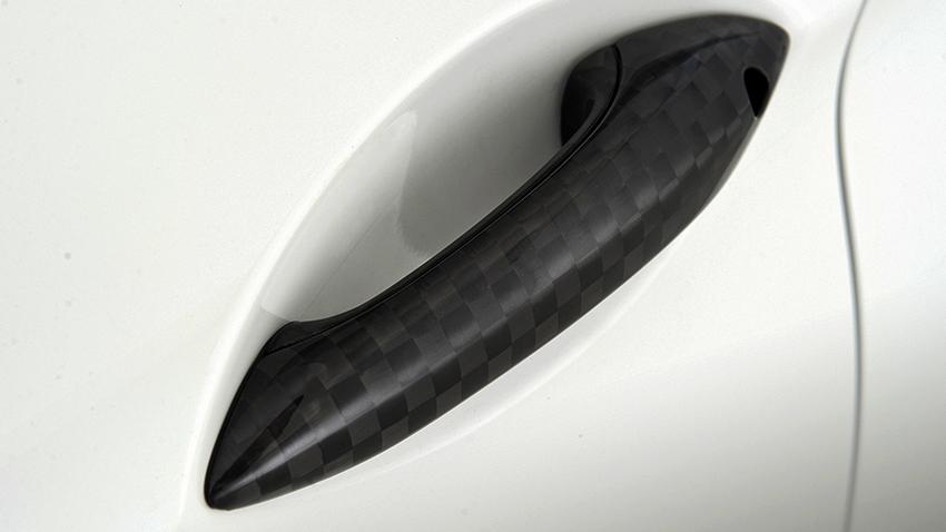 bmw-m5-weiss-handknauf2-slider